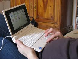 mini laptop