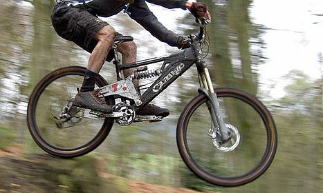 ciclista mountain bike