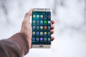 smartphone mano